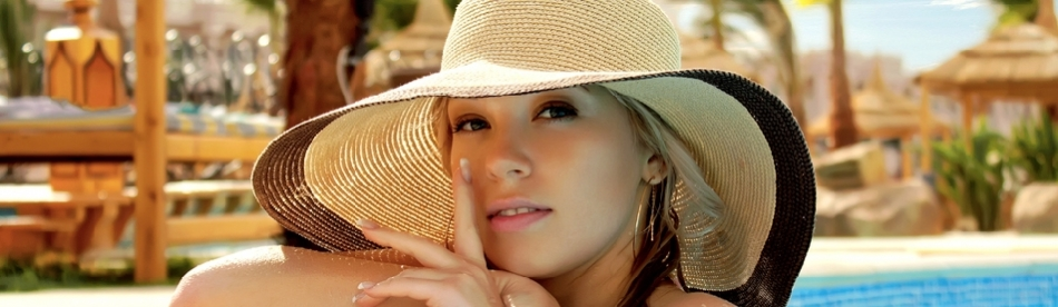 This is a nice, and incredibly descriptive, description of the image 10.jpg